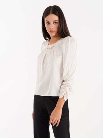 Cream coloured blouse with carabiner Cream coloured blouse with carabiner Rinascimento