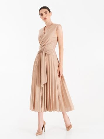 Dusty pink pleated dress with lurex thread Dusty pink pleated dress with lurex thread Rinascimento