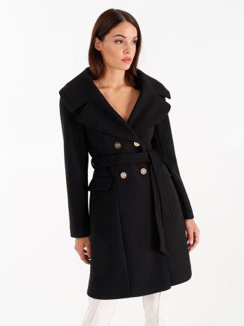 Oversized coat with lapels, black Oversized coat with lapels, black Rinascimento