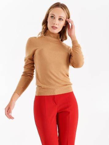 Knit turtleneck top, camel Knit turtleneck top, camel Rinascimento