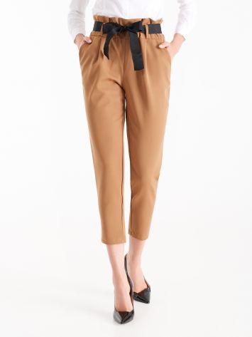 Pantaloni Carrot Fit color Cammello Pantaloni Carrot Fit color Cammello Rinascimento