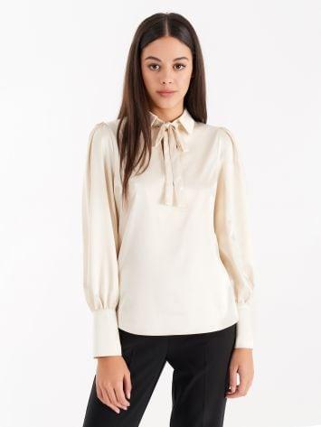 Satin blouse with bow, cream Satin blouse with bow, cream Rinascimento