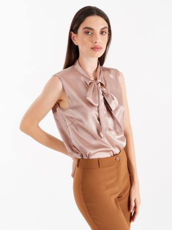 Satin top in dusty pink Satin top in dusty pink Rinascimento