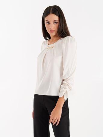 Blusa color Panna con Moschettone