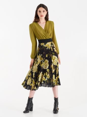 Dress with pleated skirt, oil-green