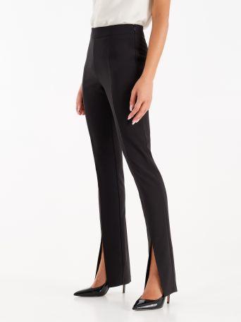 Pantalón de tejido fluido color negro