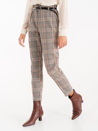 Pantalón con estampado de cuadros