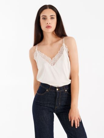 Lace detail top, colour wool white