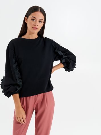 Frilled jumper Frilled jumper Rinascimento