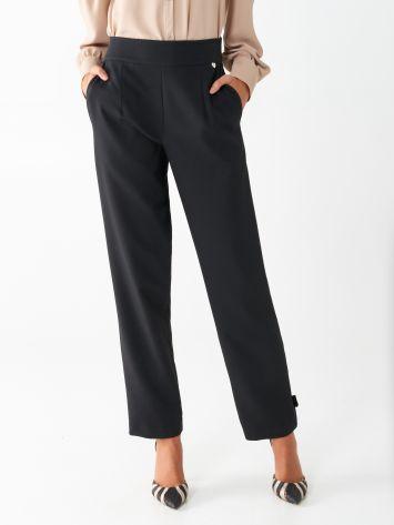 Pantaloni in Crêpe Pantaloni in Crêpe Rinascimento