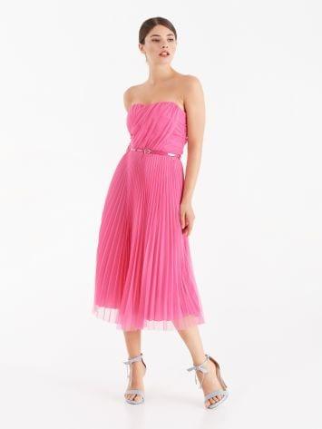 Plissiertes Kleid aus Tüll Plissiertes Kleid aus Tüll Rinascimento