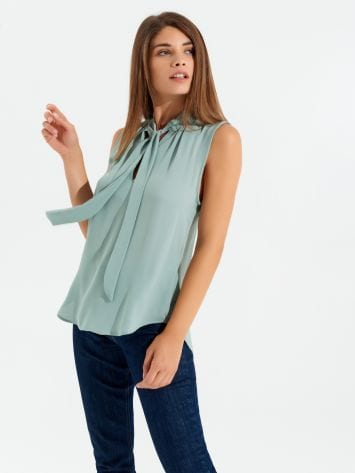 Georgette Sleeveless Blouse Georgette Sleeveless Blouse Rinascimento
