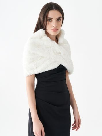 Faux fur shoulder wrap Faux fur shoulder wrap Rinascimento