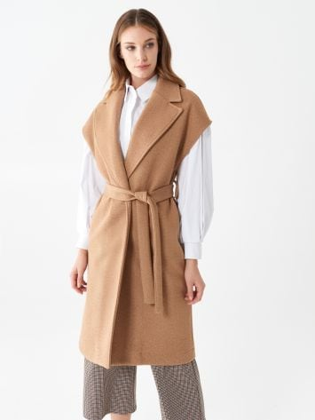 Sleeveless coat Sleeveless coat Rinascimento