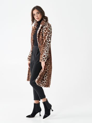 Animal-print fur coat Animal-print fur coat Rinascimento