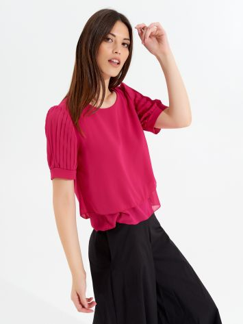 Pleated short-sleeved blouse Pleated short-sleeved blouse Rinascimento