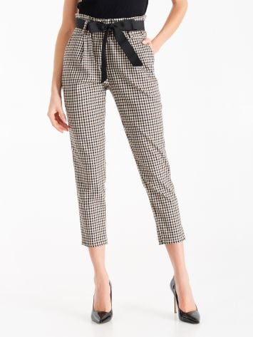 Paper-bag trousers in masculine fabric Paper-bag trousers in masculine fabric Rinascimento