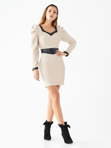 Sheath dress with faux leather details Sheath dress with faux leather details Rinascimento