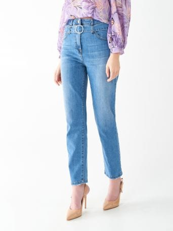 Jeans with jewel belt